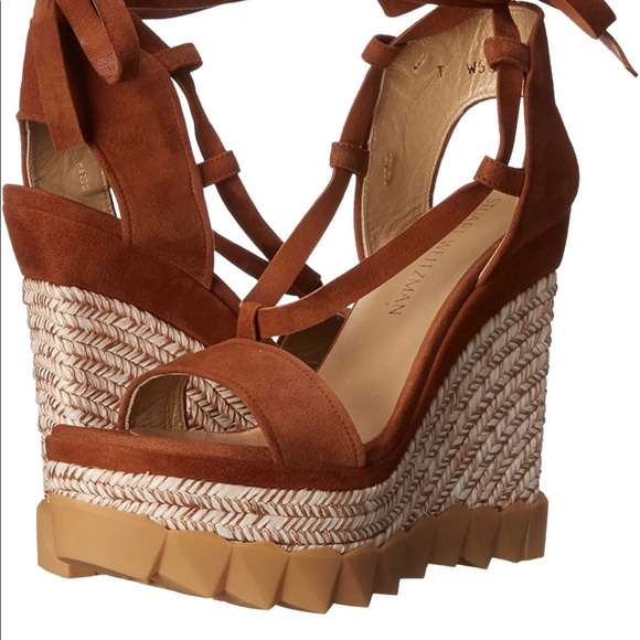 Super comfy and stylish wedges!